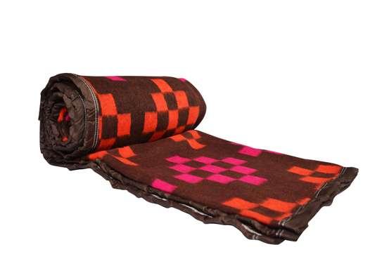 Mega Checks Blankets image 1
