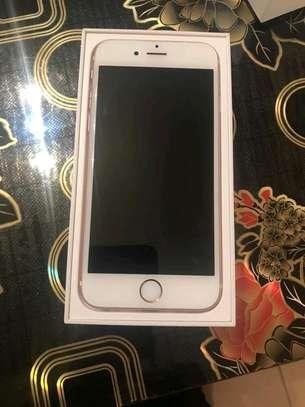 Apple Iphone 6s 128 gb Ios 13 powered image 2