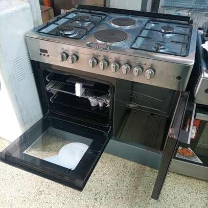 Six burner cooker image 2