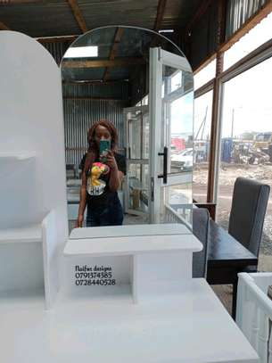 Dressers for sale/modern dressing table with.mirror/dressing mirrors for sale in Nairobi image 4