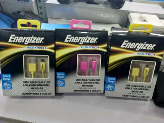 Samsung original charger and energizer usb cables image 2