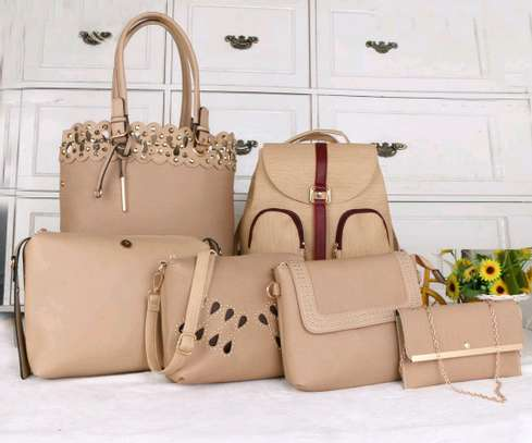 6in1 handbag image 1