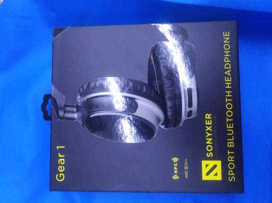 Sonyxer headphone