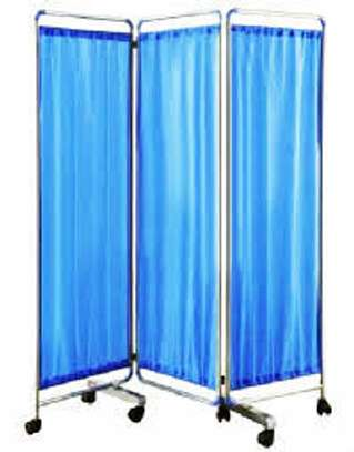 3 Fold Patient screen raisers - Hospital Bed/Ward privacy screen image 1