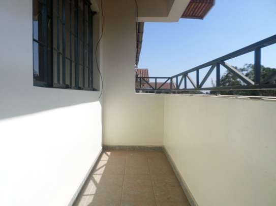 Lavington - Flat & Apartment image 5