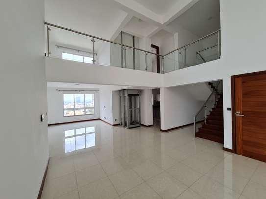 5 bedroom apartment for rent in General Mathenge image 2