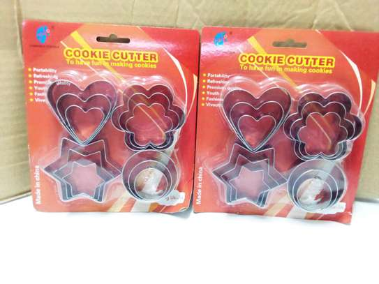 Silver cookie cutter 12pcs image 1