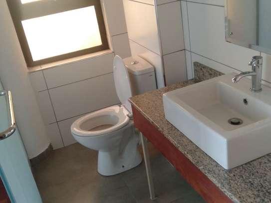 Riverside - Flat & Apartment image 18