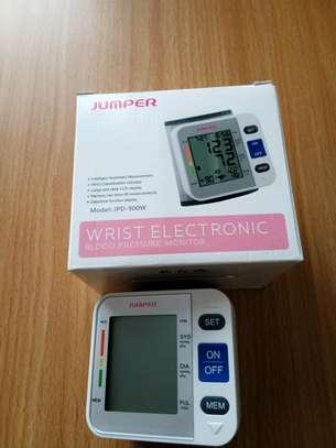 Wrist BP Machine image 1