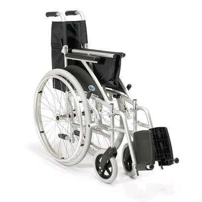 Standard wheelchair image 3