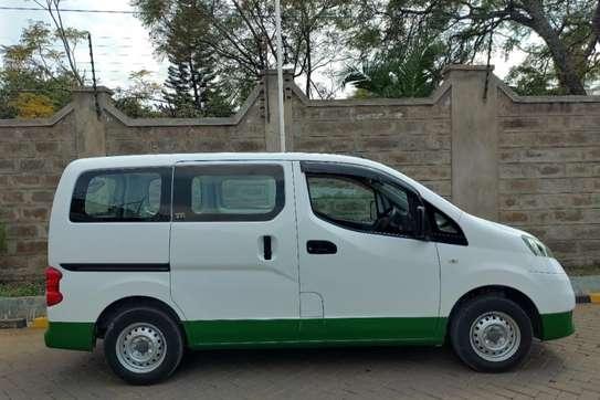 Mitsubishi Delica image 5