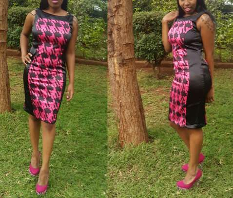 Houndstooth Pattern Dresses From UK image 3