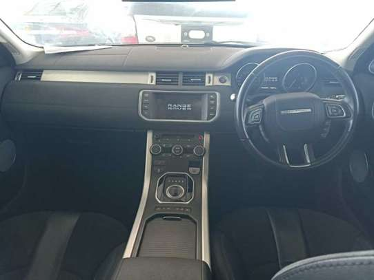 Land Rover Range Rover Evoque image 5