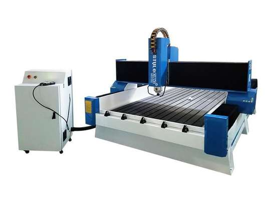 Large 6 By 8 Cnc Engraveing Machine image 1