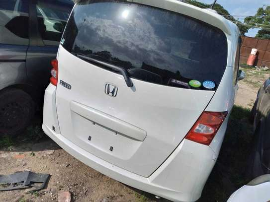 Honda Freed image 2