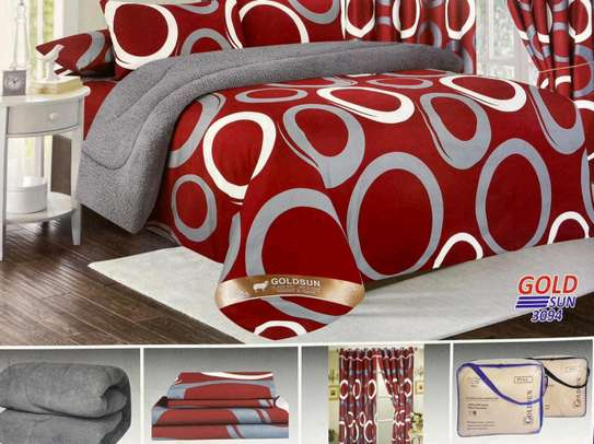 Woolen duvet with matching outfit image 4