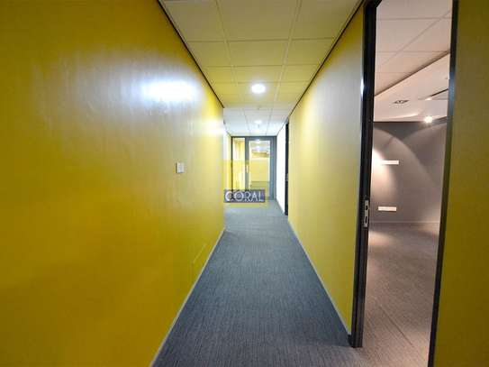 3670 ft² office for rent in Westlands Area image 5