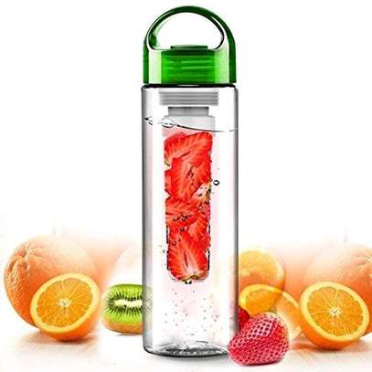 Fruity fresh water bottle green