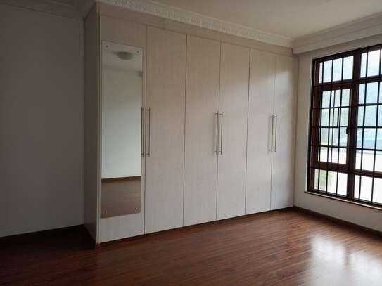 5 bedroom townhouse for rent in Runda image 4