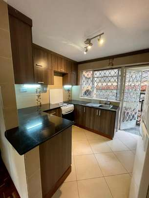 2 bedroom apartment for rent in Rhapta Road image 10