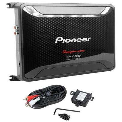 Pioneer GM-D9601 Class D Mono Amplifier  2400W with Wired Bass Boost Remote image 3