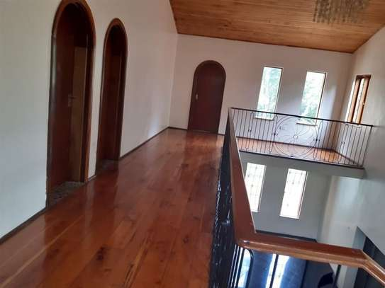 Furnished 6 bedroom house for rent in Karen image 16