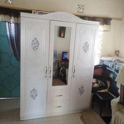 3-door wardrobe image 1