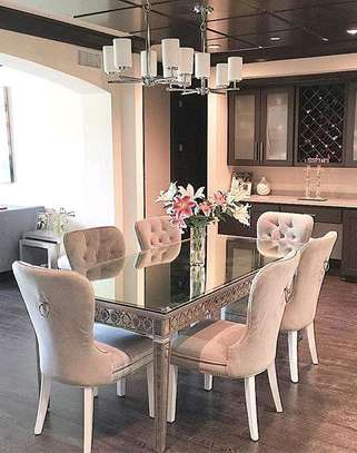 Six seater dining table for sale in Nairobi Kenya/classic dining table image 1