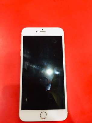 iPhone 6 16Gb 4 months used,still in good condition with receipt image 1
