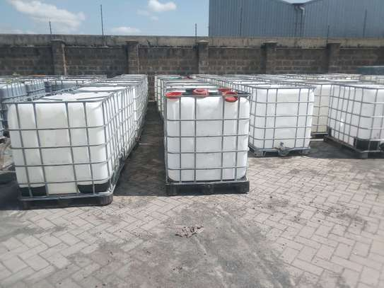 IBC Steel caged water tanks very durable image 4
