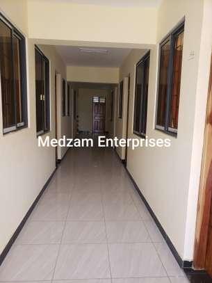 1 bedroom apartment for rent in Ziwa La Ngombe image 11