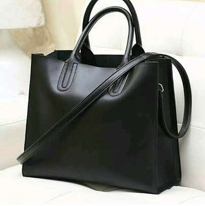 Classy leather handbags