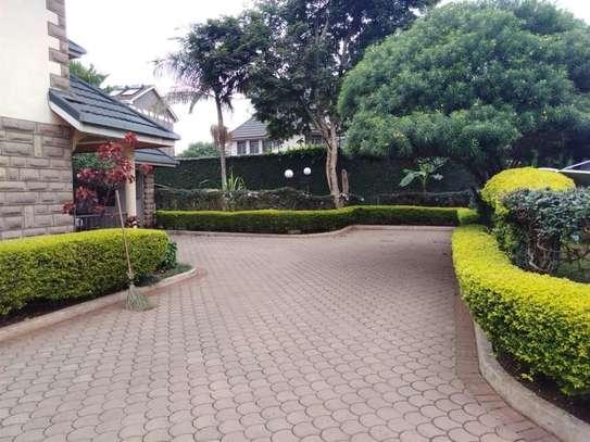 5 bedroom house for rent in Kileleshwa image 3