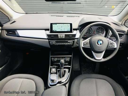 BMW 2 Series image 3