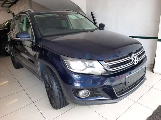 Volkswagen Tiguan 2.0 S image 1