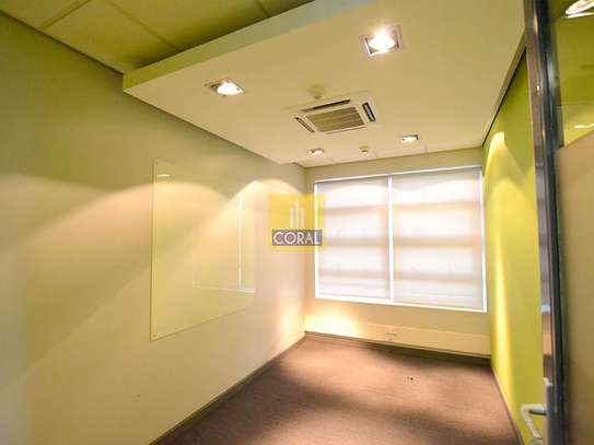 3670 ft² office for rent in Westlands Area image 10