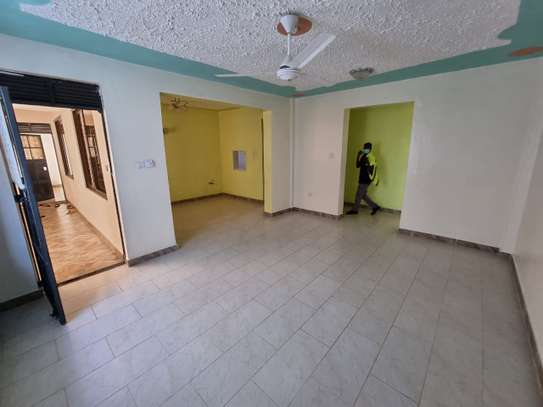 2 br apartment for rent in mtwapa. AR58 image 2