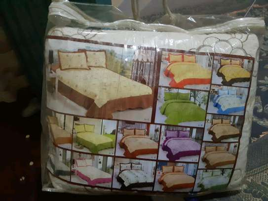bed cover image 1