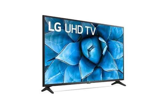 LG 55UM7340, 55'', Smart Ultra HD 4K LED TV - Black image 2