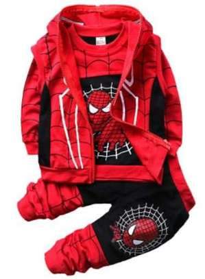 Spider man outfit image 1