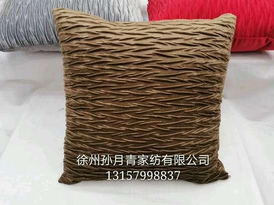 pillow image 6