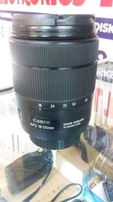 Canon nano usm lens 18-135mm image 1