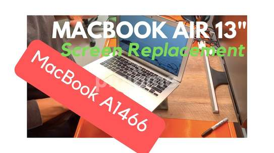Macbook Pro Retina /Air Screens Replacement and Accessories image 1
