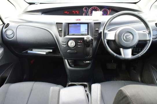 Mazda Biante image 5