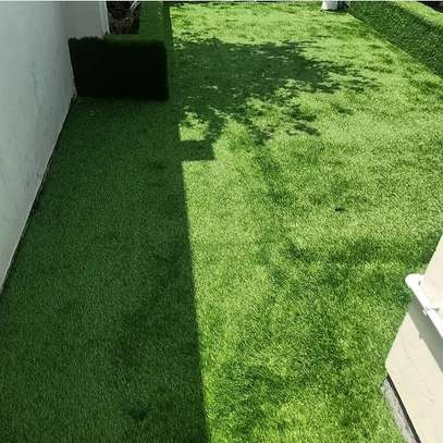 artificial grass carpet to withstand all weather condition image 7