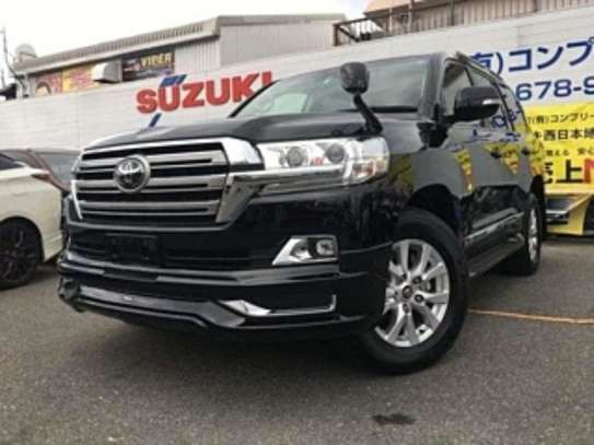 Land Cruiser AX V8 21KM 2018 14.8M