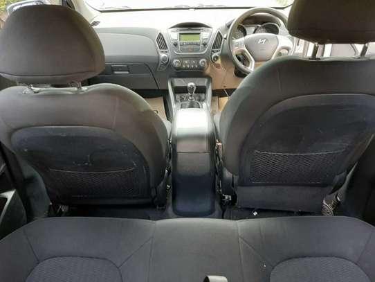 Hyundai Tucson image 3