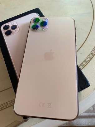 i phone 11 pro max 64GB image 3