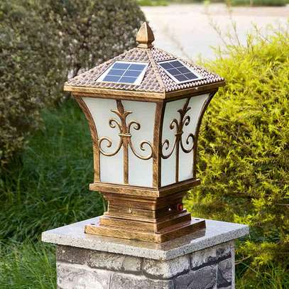 Fancy Solar Main Gate Pillar Light image 1