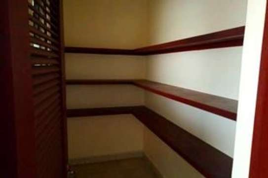 Furnished 3 bedroom apartment for rent in Rhapta Road image 18